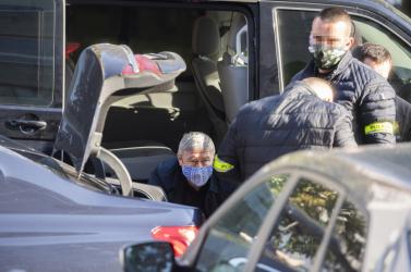 Más ügyek miatttartóztatták le őket,de a bűnbánó figurák arról isbeszéltek, amiről normál esetben nem is lehetett tudomásuk