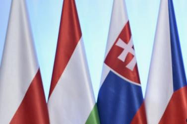 A visegrádi országok kormányfői csütörtökön Brüsszelben találkoznak az Európai Bizottság elnökével