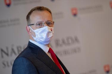 Boris Kollár: Fejezzétek be a gyerekes viselkedést!