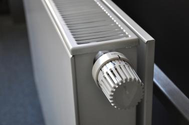 A magas fűtésszámla ellenére sincs elég meleg az otthonában? Íme egy egyszerű megoldás!