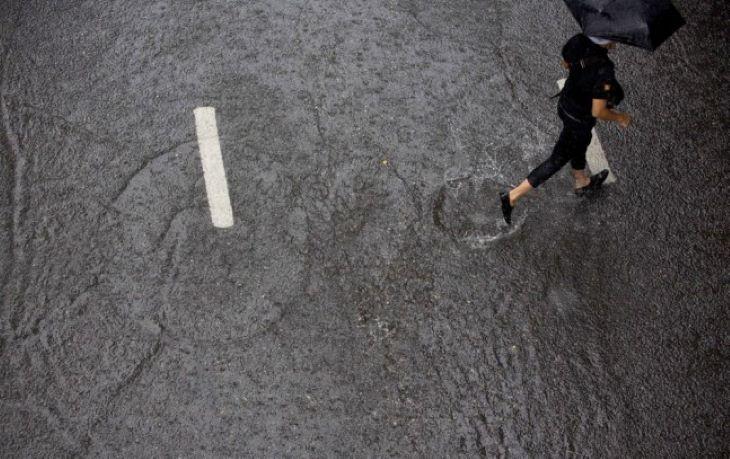 IDŐJÁRÁS: Az ország nagy részén kiadós esőre, a hegyekben viharos szélre van kilátás