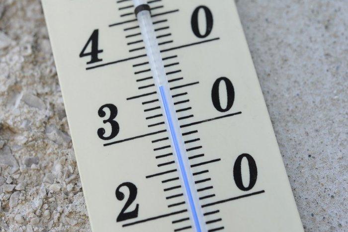 35 fokos hőség lesz pénteken az ország nyugati és keleti részén